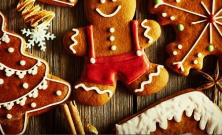 Holiday Traditions to Enjoy with Your Elderly Loved One