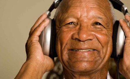 5 Reasons Music Is Beneficial for Aging Adults with Alzheimer's