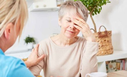 How To Recognize 5 Early Signs of Alzheimer's Disease