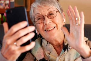 Going the Distance: How to Care for a Senior Parent Who Lives Far Away